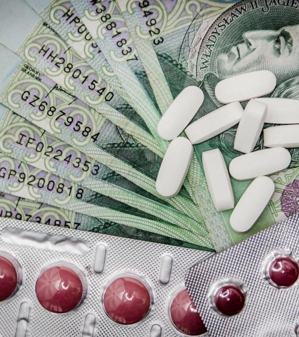 medications-257333_1280-750x847.jpg