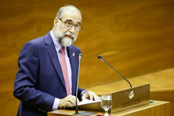El consejero de Salud del Gobierno de Navarra, Fernando Domínguez.jpg