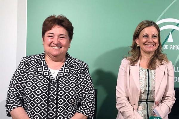 Francisca-Antón-Servicio-Andaluz-de-Salud-SAS-y-Marina-Alvarez-consejera-de-Salud-de-Andalucia-.jpg